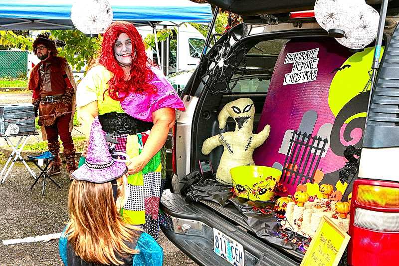 DAVID F. ASHTON - The theme of this witchs car trunk, Nightmare Before Christmas, is the creative work of Esther Crowell-Duncan of the Lane Middle School PTA.