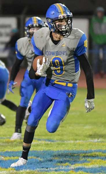 LON AUSTIN/CENTRAL OREGONIAN - Dominic Langley, first team wide receiver