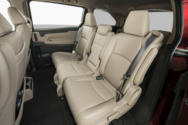 HONDA NORTH AMERICA - The second row of seats in the 2018 Honda Odyssey includes a middle seat that can be removed, allowing the remaining seats to move sideways for improved access to the third row.