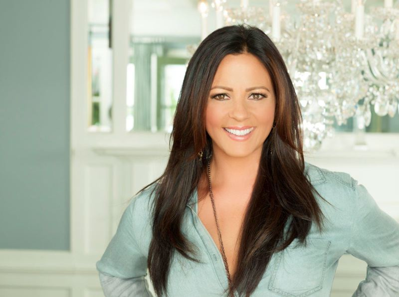 COURTESY PHOTO - Take a road trip to listen to holiday music from the country star Sara Evans at Chinook Winds Casino Resort, Dec. 1-2.