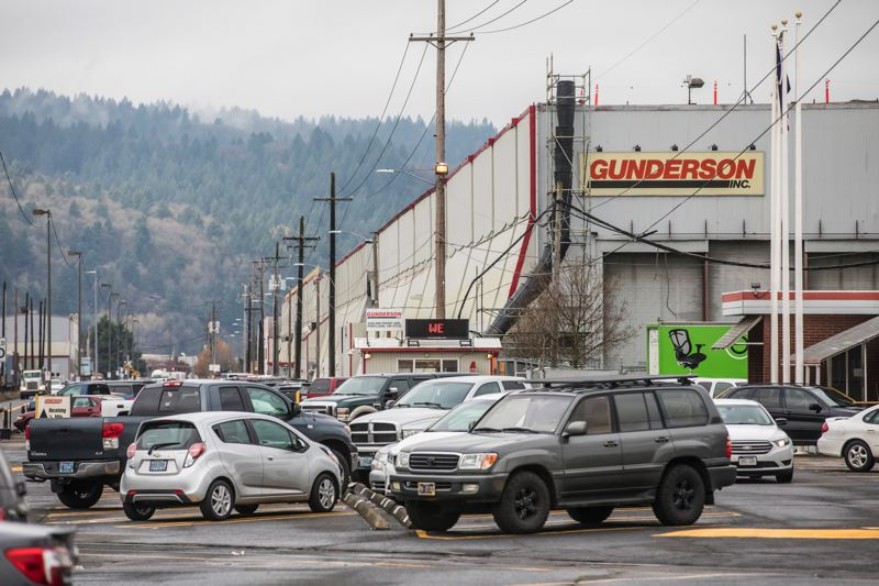 PORTLAND TRIBUNE: JONATHAN HOUSE - Gunderson, a manufacturer in Northwest Portland, says it has cut toxic air emissions by a third, and the governor's plan puts its jobs at risk.