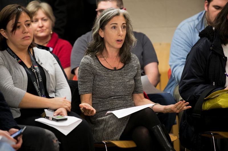TRIBUNE PHOTO: JAIME VALDEZ - Tracy MacDonald addresses her concerns to the Trillium Charter School Board of Directors during a recent meeting.