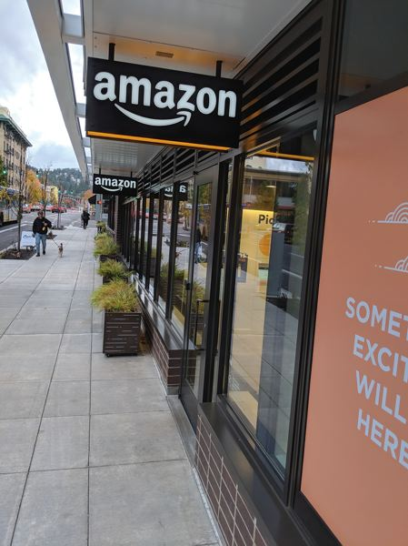PAMPLIN MEDIA GROUP: JOSEPH GALLIVAN - Amazon showed its commitment to little sibling Portland in 2017.