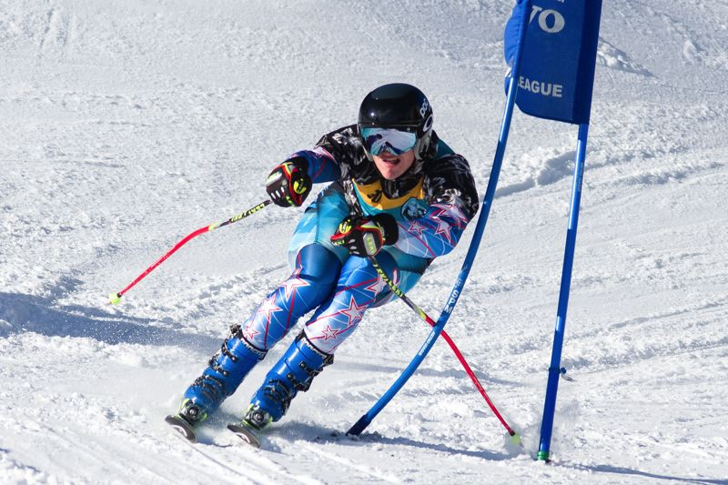 FOR THE TIMES: MIKE JULIANA - Tigard's Ryan Barlow picks up the pace during the season-opening giant slalom race.