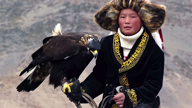 COURTESY: NORTHWEST FILM CENTER - 'The Eagle Huntress' screens at Whitsell Auditorium, Jan. 20.