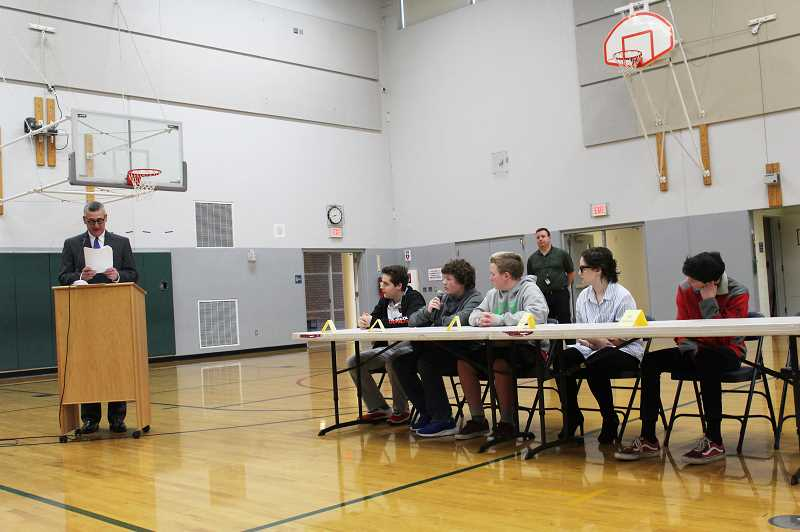 HERALD PHOTO: KRISTEN WOHLERS - Pictured are the top 5 contestants of the Geo Bee.