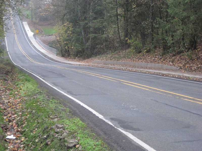 SUBMITTED PHOTO: CITY OF WILSONVILLE - City staff say the current dip on the Boeckman Road does not meet American Association of State Highway and Transportation guidelines.