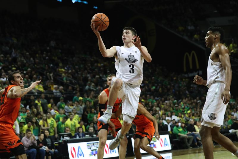 TRIBUNE PHOTO: JAIME VALDEZ - Payton Pritchard, Oregon guard, gets inside for a shot in the Ducks' victory Saturday over Oregon State.