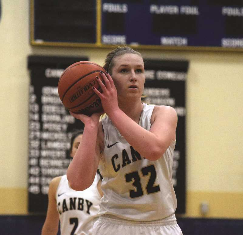 HERALD PHOTO: TANNER RUSS - Senior Alice Lambert had 10 points in Canby's 72-54 win against the Lake Oswego Lakers on Tuesday, Feb. 13.