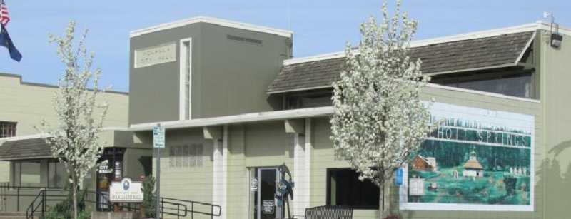 Molalla City Council is looking at its fee structure.
