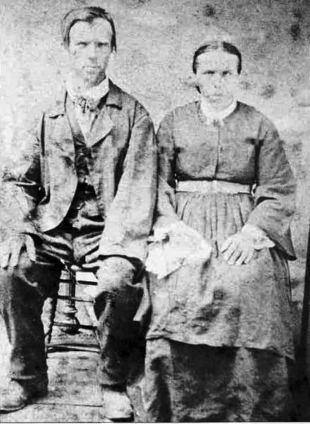 COURTESY PHOTO: MOUNT ANGEL HISTORICAL SOCIETY - Robert and Katharina Zollner, who arrived in Oregon in 1867, were among the first settlers of Mount Angel.