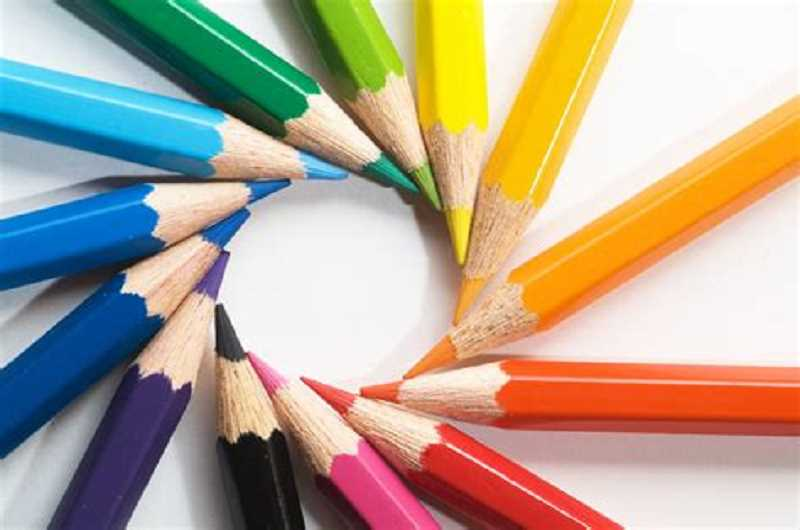Attend the weekly Family Art-Making event hosted by the Arts Council of Lake Oswego each Thursday from 1 to 3 p.m.