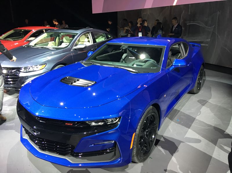 PORTLAND TRIBUNE: JEFF ZURSCHMEIDE - The 2019 Chevy Camaro get performance upgrades.