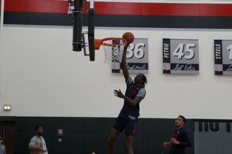 COURTESY: USA BASKETBALL - Bol Bol, an Oregon Ducks signee, works out with the U.S. Junior Select National Team prior to the Nike Hoop Summit.