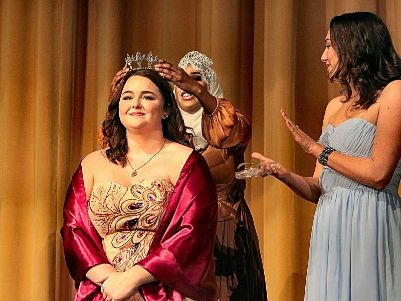DAVID F. ASHTON - 2018s Portland Rose Festival CHS Princess, Sydney Toops, receives her tiara from outgoing 2017 Princess Biftu Amin.