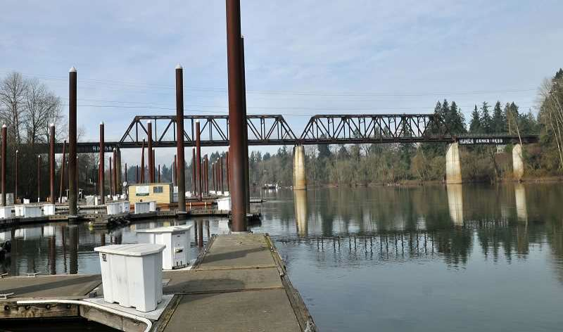 VERN UYETAKE - A bill is currently dead that proposed new rules for a section of the Willamette aiming to protect river banks from excessive wakes.