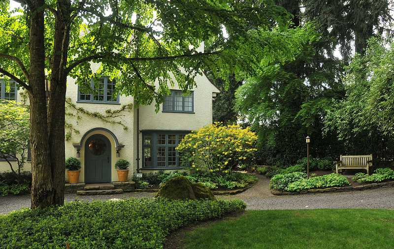 Pamplin Media Group - Dunthorpe Gardens open to all May 20