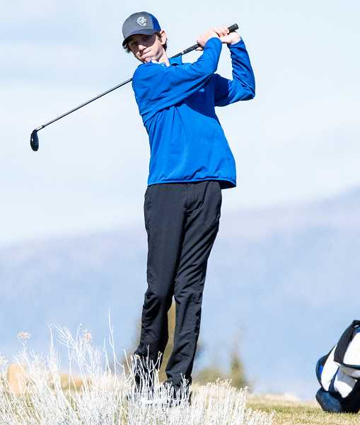 CENTRAL OREGONIAN FILE PHOTO - Brodie Kuizenga plays a drive during a tournament earlier this year. Kuizenga finished 12th at the Special District 1 Regional Tournament earlier this week.