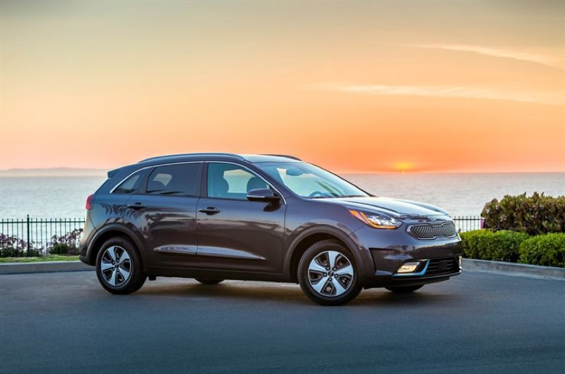 KIA MOTORS AMERICA - The 2018 Kia Niro PHVE is a good looking compact wagon that combined practicality with high mileage.