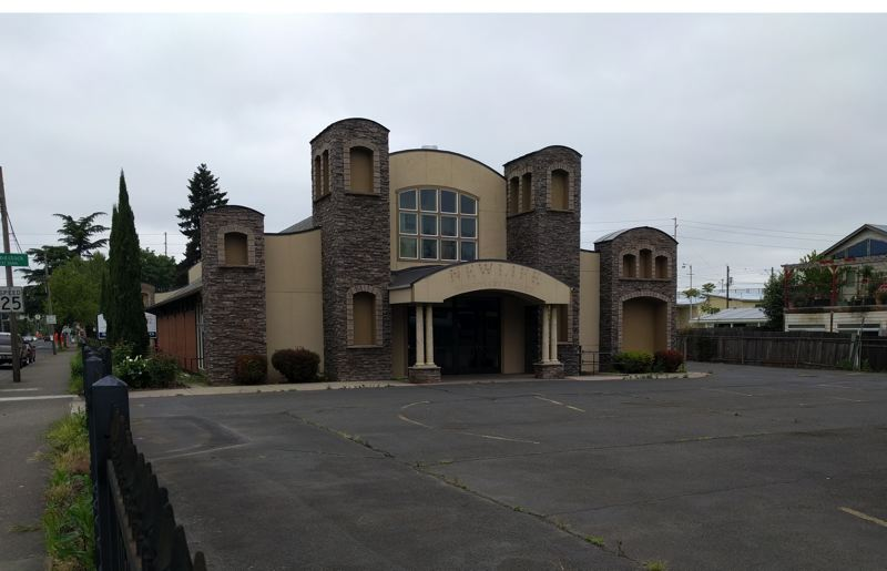 PORTLAND TRIBUNE: JIM REDDEN - Portland Family Homeless Solutions is seeking city money to help purchase this closed youth activity center at 6102 and 6220 S.E. 92nd Ave. for a new shelter.