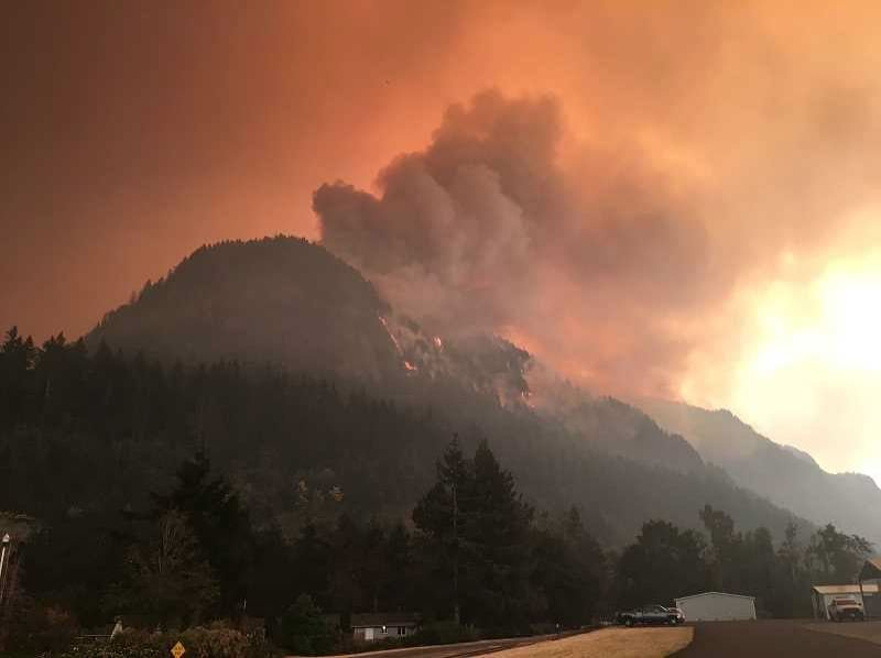 FILE PHOTO - Eagle Creek Fire