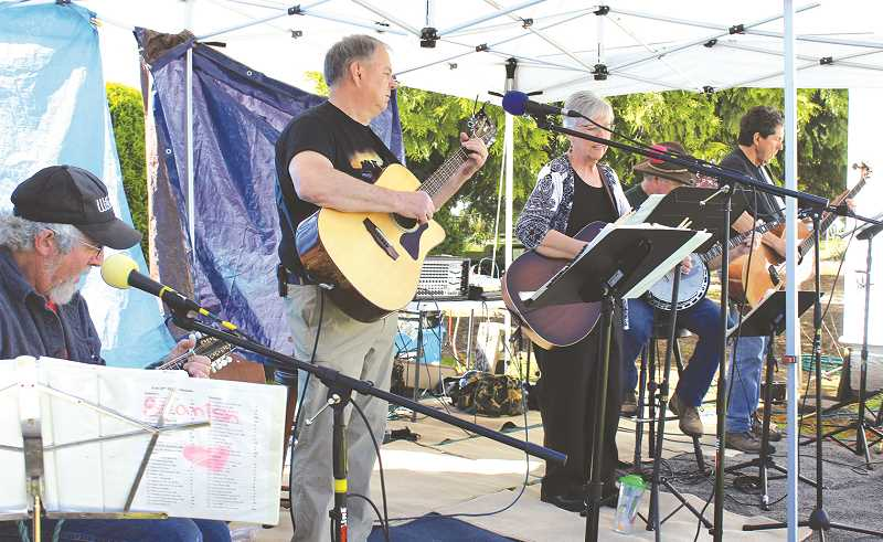 PIONEER FILE PHOTO - The Molalla Farmers Market will have entertainment, food, flowers and other goodies starting May 31.
