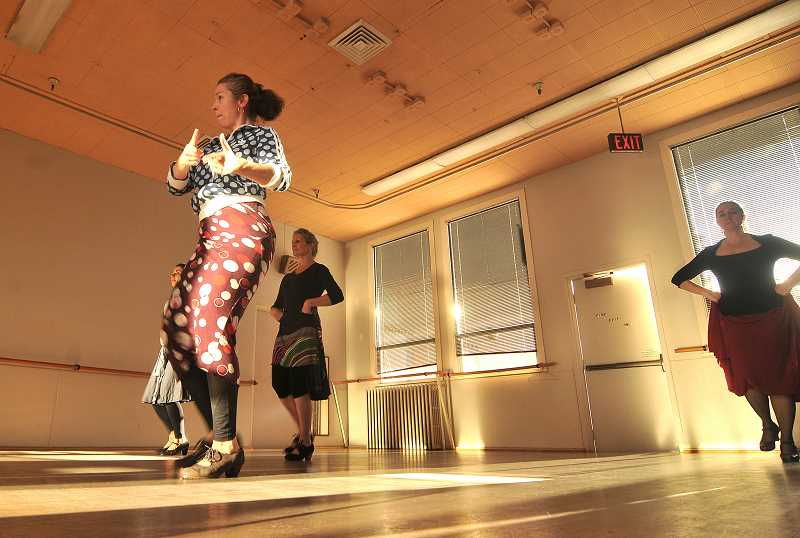 While it might not be southern Spain, the Lakewood Center for the Arts has become a good place for Onizuka to host classes and bring the flavor of flamenco to Lake Oswego.