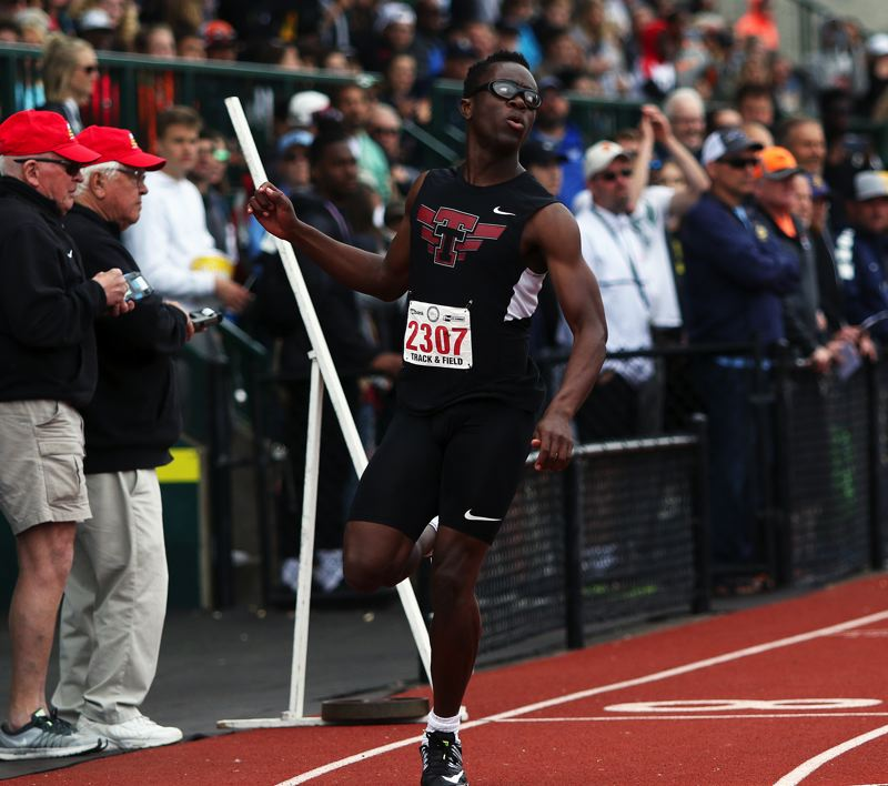 TIMES PHOTO: DAN BROOD - Tualatin High School junior Kwabena Lynn reached the finals in both the 100 and 200-meter dashes at the Class 6A state track and field championships.