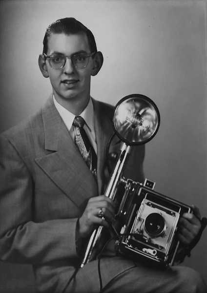 PHOTO COURTESY OF THE VINCENT FAMILY - Jim Vincent joined the staff of the Oregon Journal in 1954, launching a newspaper career that lasted more than four decades.