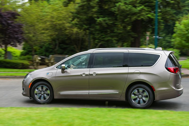 DOUG BERGER/NWAPA - The 2018 Chrysler Pacifica Hybrid was named Northwest Green Vehicle of the Year and Best Family-Sized Plug-In Hybrid at the 2018 Drive Revolution.