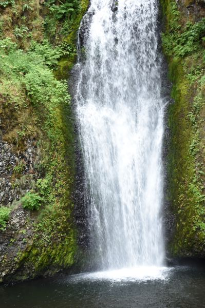 OUTLOOK PHOTO: MATT DEBOW - The view of Multnomah Falls from the lower viewing platform.