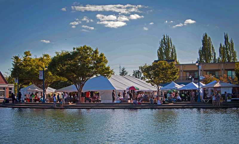 COURTESY OF TUALATIN PARKS AND RECREATION DEPARTMENT - Crowds flock to the annual ArtSplash on Tualatin Commons.