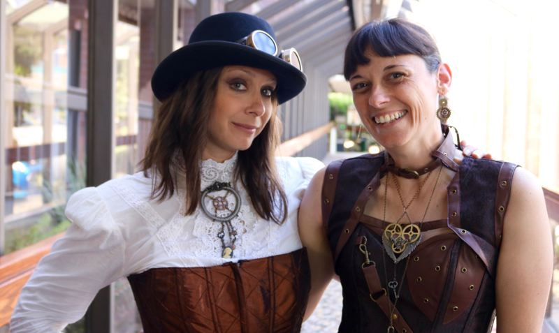 TRIBUNE PHOTO: ZANE SPARLING - Popular livestreamer Luria Petrucci (left) poses for a photo with her friend Jen McDonnell, who volunteered at this year's GEAR Con on Saturday, July 7 in Portland.