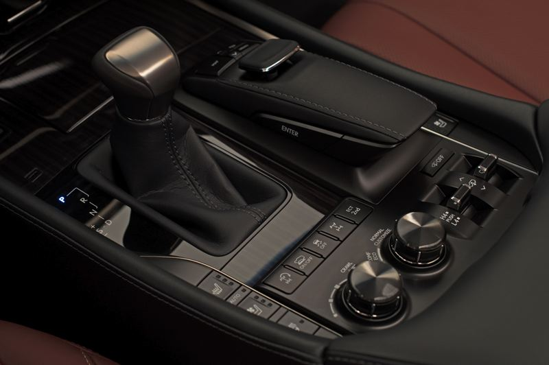 COURTESY TOYOTA MOTOR SALES - Adjustments for serious off-roading can be made on the handy console-mounted cotnrols in the 2018 Lexus LX 750.