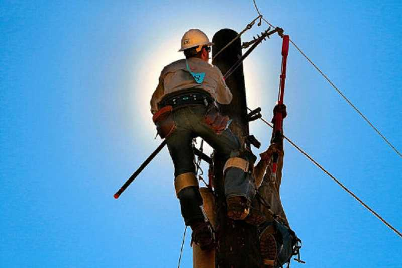 DAVID F. ASHTON - At the Pacific Northwest Lineman Rodeo, electric utility workers show their skills.