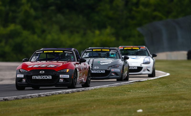 IGNITE MEDIA- AL M. ARENA - Mazda MX-5 Cup race cars at Road America.
