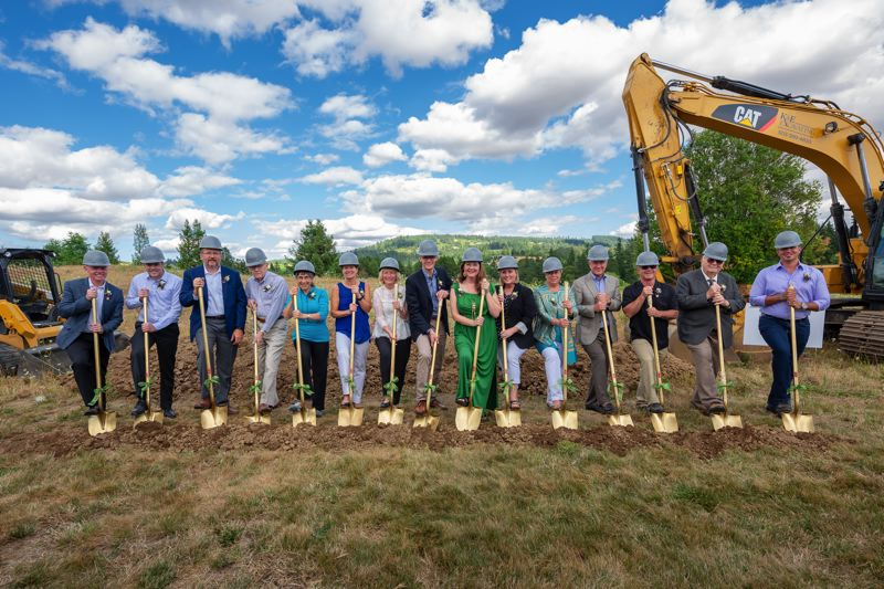 Ground breaking ceremony for Providence Newberg's new cardiac rehabilitation center.