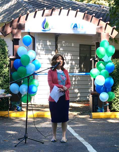 REVIEW PHOTO: CLAIRE HOLLEY - Principal Aviel Brodkin addresses the crowd during the opening of the new Maayan Torah Day School location in Lake Oswego.