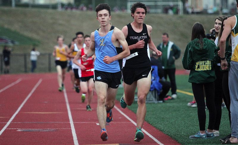 REVIEW PHOTO: MILES VANCE - Lakeridge senior Evan Wheeler races to seventh place at the Three Rivers League Preview Meet at Tualatin High School on Sept. 19.