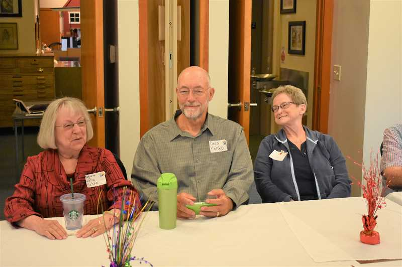 ESTACADA NEWS PHOTO: EMILY LINDSTRAND - Marjorie Wolfe Kokko, Dean Kokko and Bev Thomas smile as they remember their time at Three Lynx School during a reunion last week.