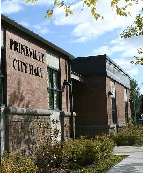 CENTRAL OREGONIAN - Prineville City Councilors direct staff to find answers to citizen quesions and concerns and offer other options for hotel location.