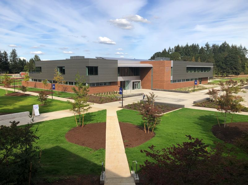 Clackamas Community College opened the doors of its new Industrial Technology Center to students on the first day of fall term, Sept. 24.