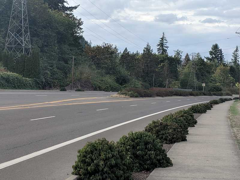ESTACADA NEWS PHOTO: EMILY LINDSTRAND - The recently-approved Estacada Active Transportation Plan proposes several improvements to Highway 224 to increase pedestrian and cyclist safety.