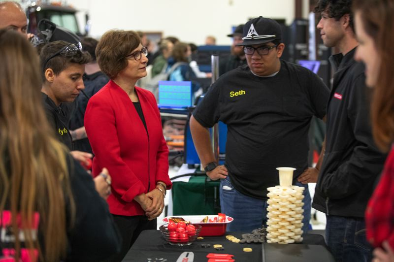 PAMPLIN MEDIA GROUP: JONATHAN HOUSE - Rep. Suzanne Bonamici at the Oregon Manufacturing Innovation Center Research and Development (OMIC R&D) in Scappoose, Oregon, on National Manufacturing Day Oct 5, 2018.