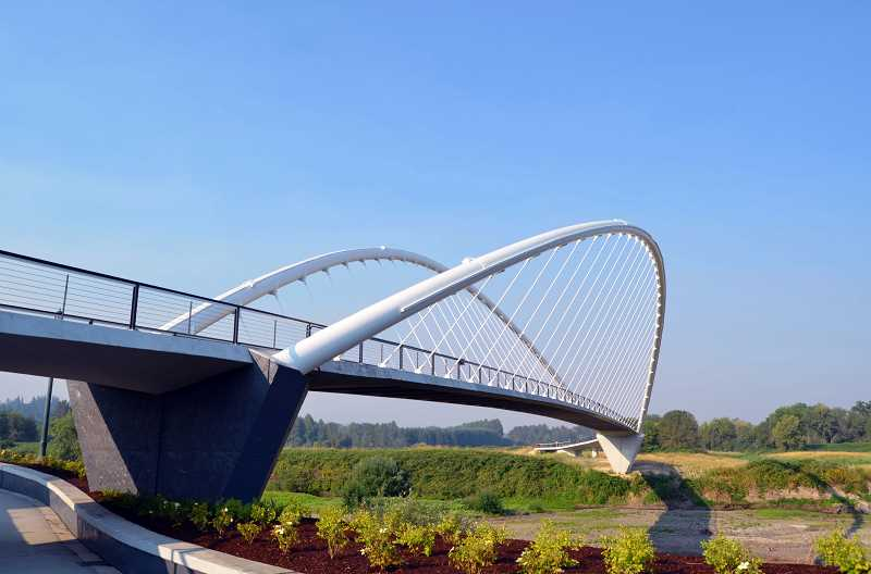 The Peter Courtney Minto Island Bridge in Salem utilizes a tied-arch bridge type.