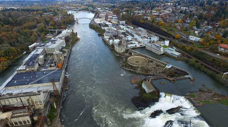 TIDINGS FILE PHOTO - Members of the Willamette Falls Heritage Area Coalition have long believed that the area deserves national recognition, and they are one step closer after the National Parks Service endorsed their plan to create the West Coast's first National Heritage Area.