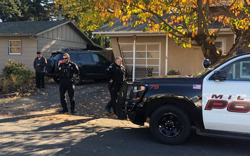PHOTO BY: ALVARO FONTAN - Milwaukie Officer Greg Elkins said that the driver who crashed into a house on Rainbow Lane had suffered a medical condition.