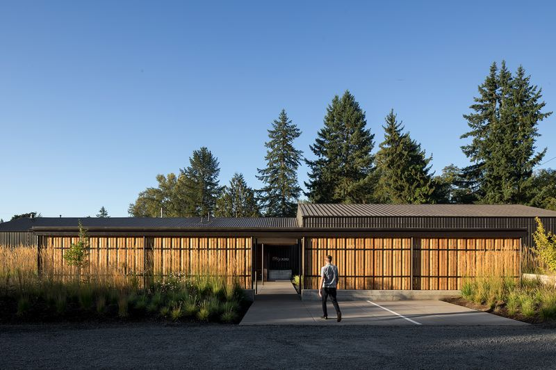 PHOTO: JEREMY BITTERMANN - Day Wines tasting room, Dundee, Oregon, Fieldwork Design & Architecture.