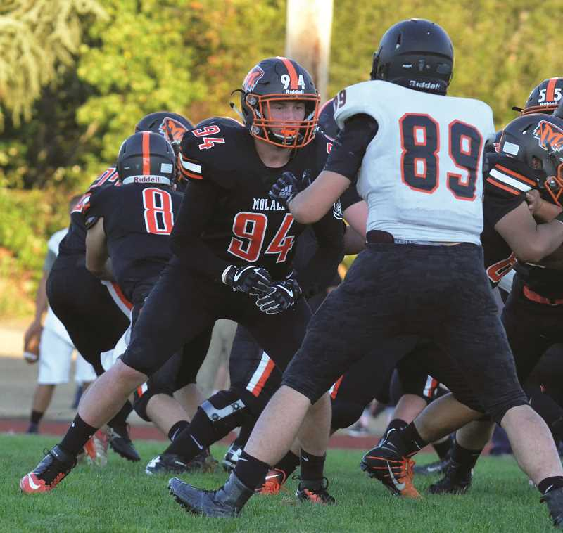 ARCHIVE PHOTO: TANNER RUSS - Bo Edwards was a double threat, playing both offensive and defensive line for the Molalla football team during the 2018 season.
