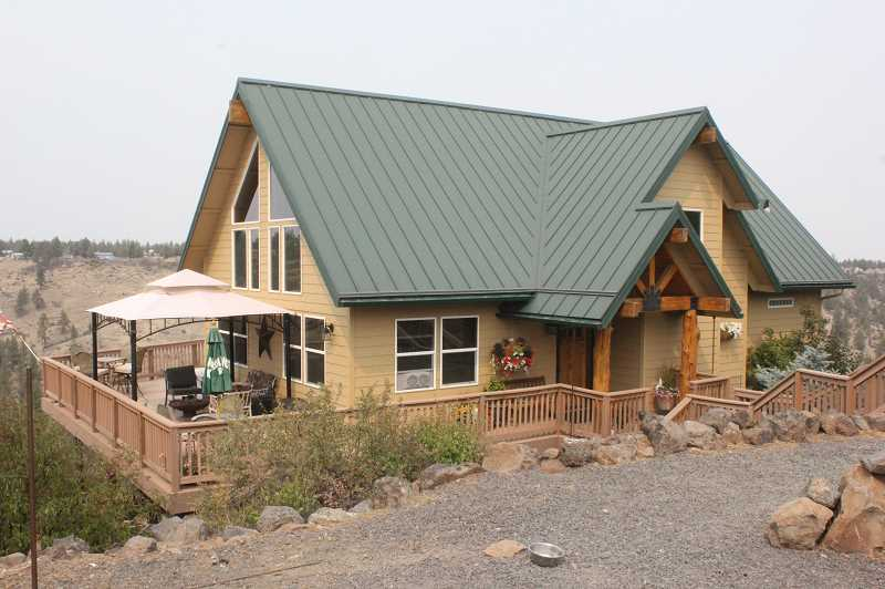 SUSAN MATHENY/MADRAS PIONEER - The home of Meg Cummings and Kent Crook is solar powered.